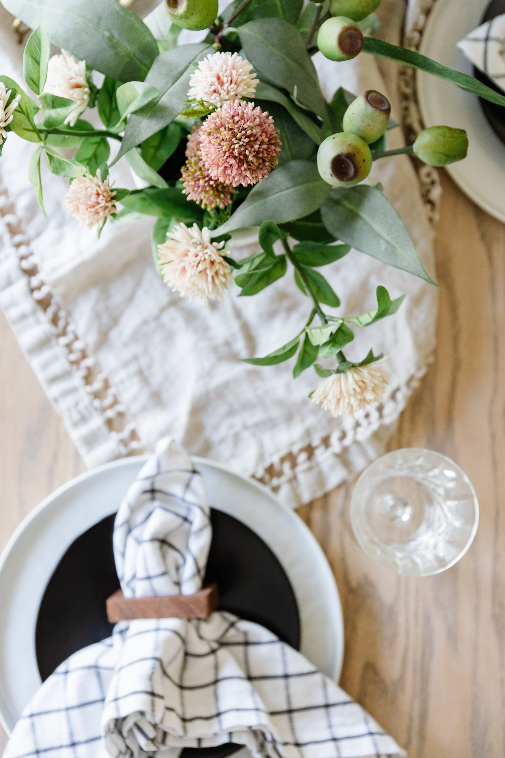 A Simple Easter Tablescape. How You can decorate your table for the holidays for free with thrifted and foraged greenery.