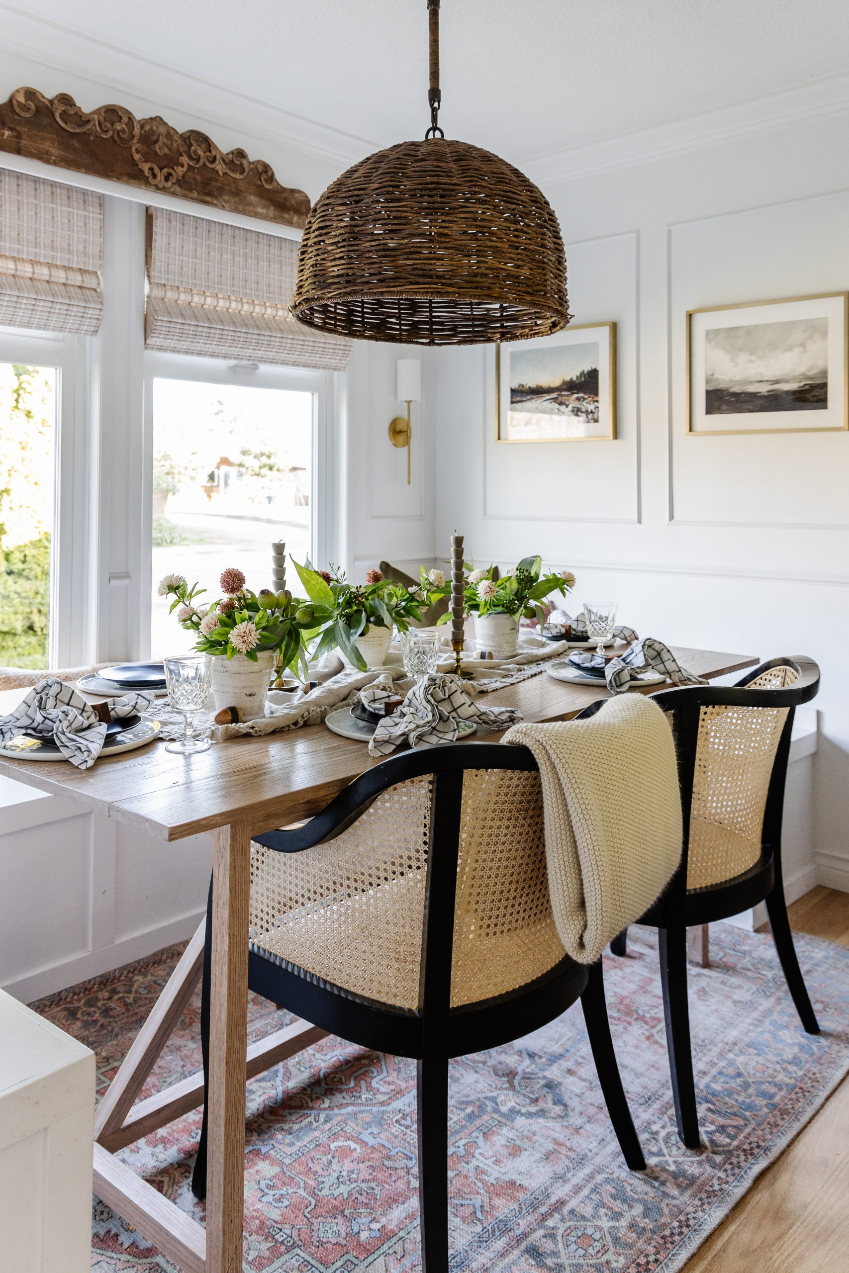 A simple Easter table landscape.  How to decorate your table for the holidays with economical and eaten greens for free.